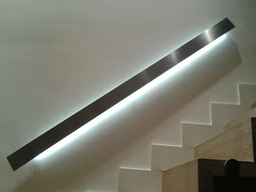 Pasamanos con iluminaci n led - Iluminacion led escaleras ...